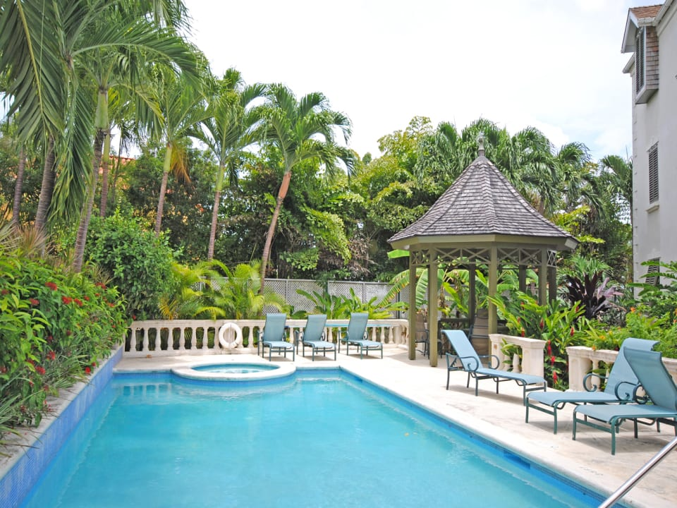 Swimming pool jacuzi and pool gazebo
