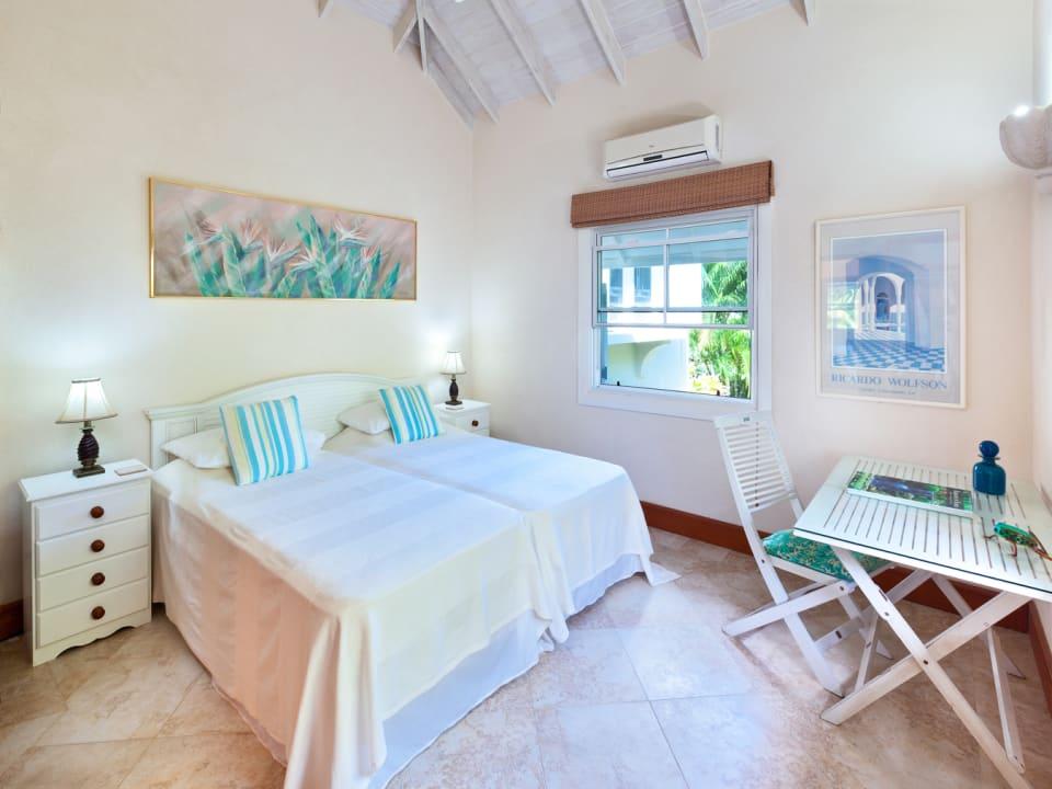 Second guest bedroom on ground floor