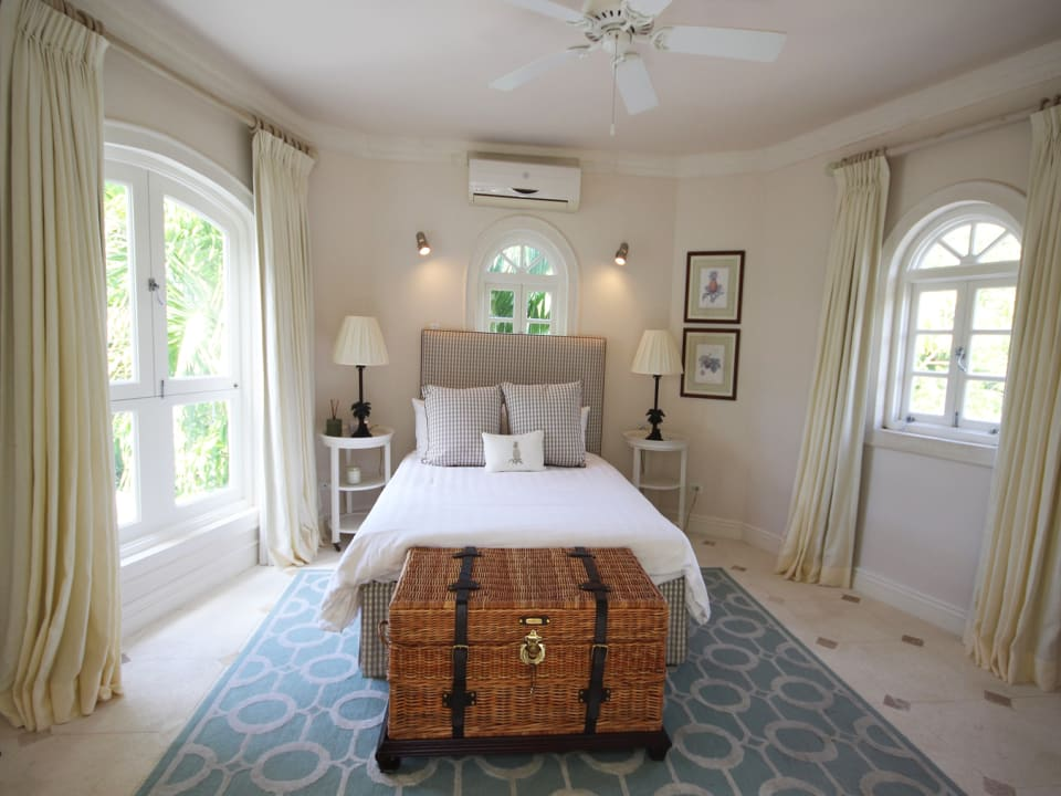 Guest suite next to master bedroom