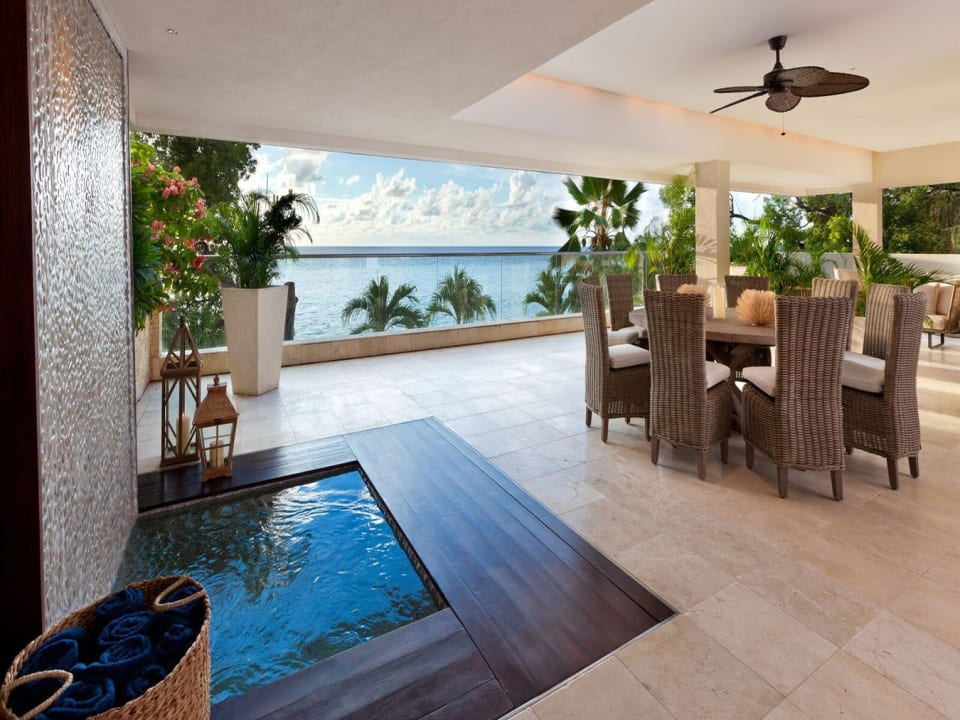 Patio with Spa pool