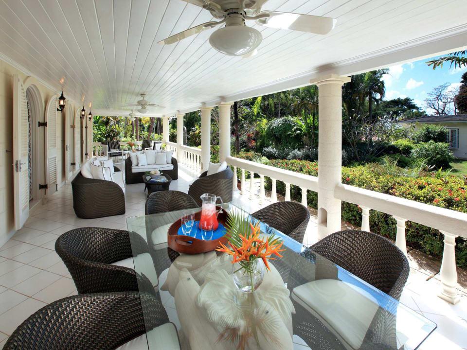 Spacious cottage terrace