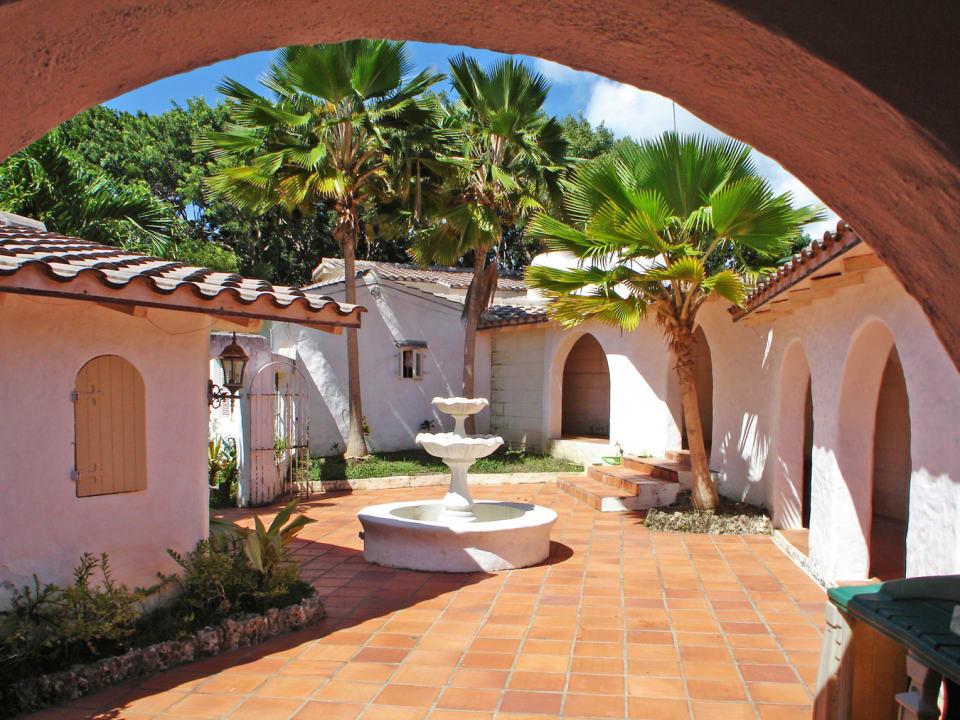 Enclosed Outdoor Terrace