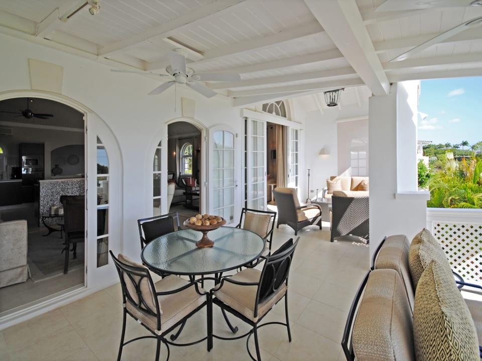 Covered dining veranda