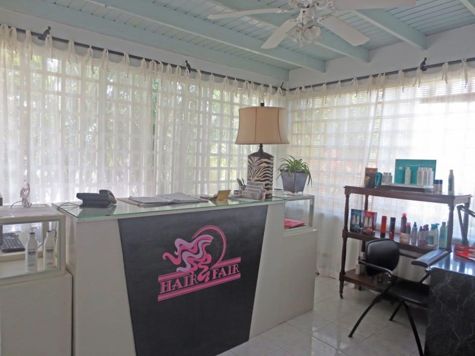 Reception/living area