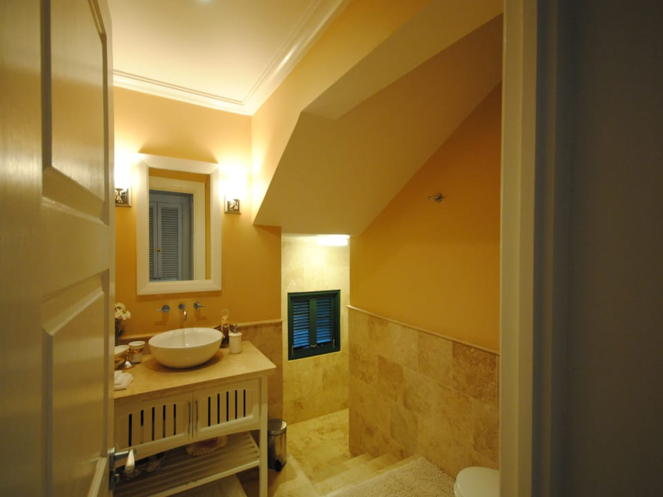 Shower room and guest powder room on ground floor