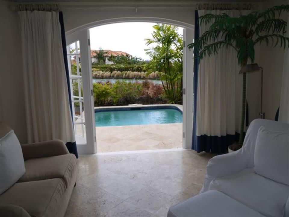 Master Bedroom - Plunge Pool