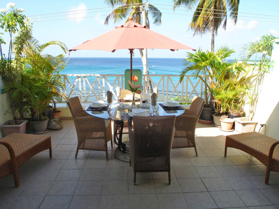 White Sands F3 - intimate balcony overlooking the sea
