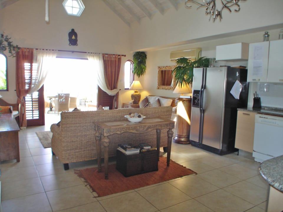 White Sands F3 - living room opening onto balcony