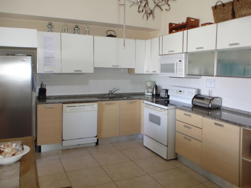 White Sands F3 - well equipped kitchen