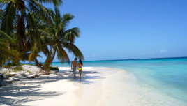 The Romantic Tourist - Belize