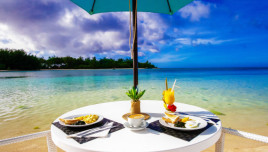 The Romantic Tourist - Cook Islands