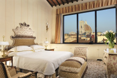 Panoramic  Suite  at Helvetia & Bristol Firenze- Starhotels Collezione