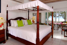 Premier - 1 King Bed at Oualie Beach Resort