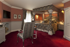 Feature Bedchamber at  Coombe Abbey Hotel