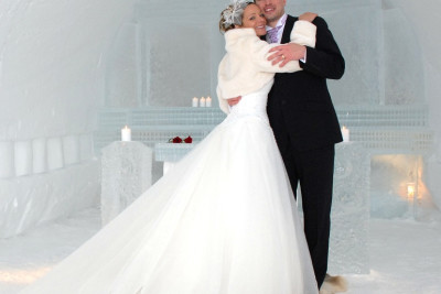Arctic Weddings & Renewal of Vows