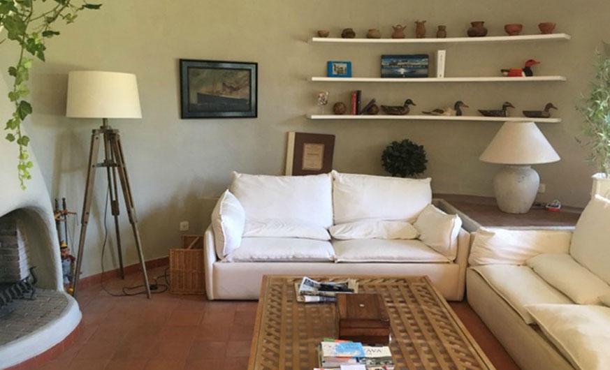 garden villa living area