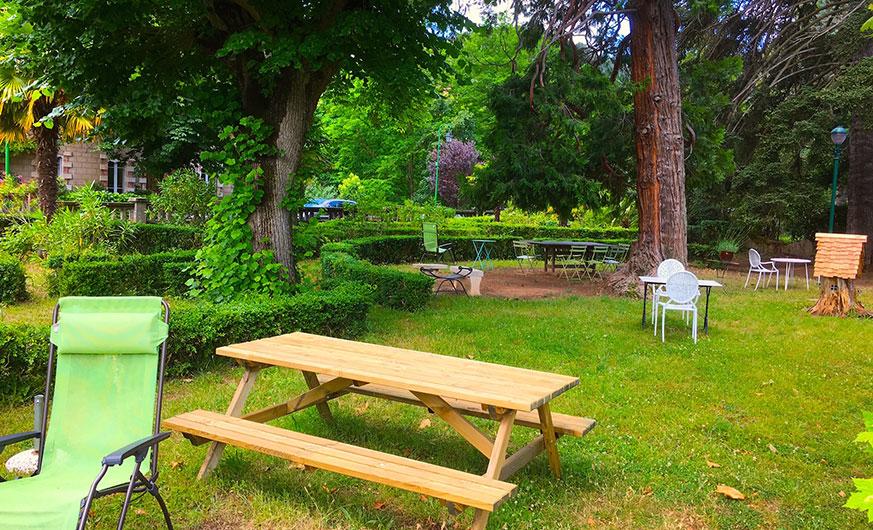 french rural retreat picnic area