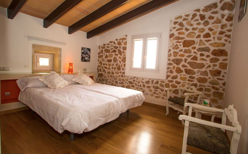 mallorcan farmhouse twin