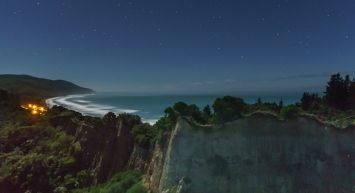 Christchurch to Hanmer Springs - Stargazing, sunsets and exploration