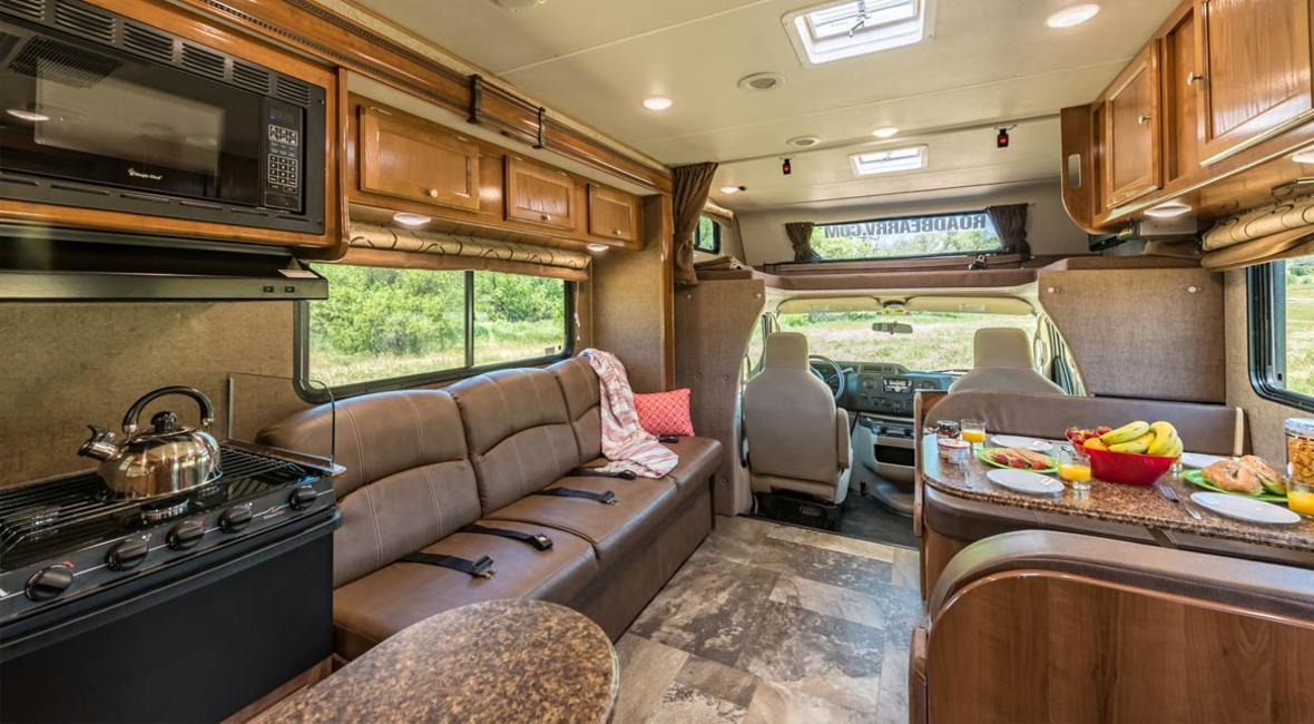 RV-28-30-7-Berth-Detail-Interior-1