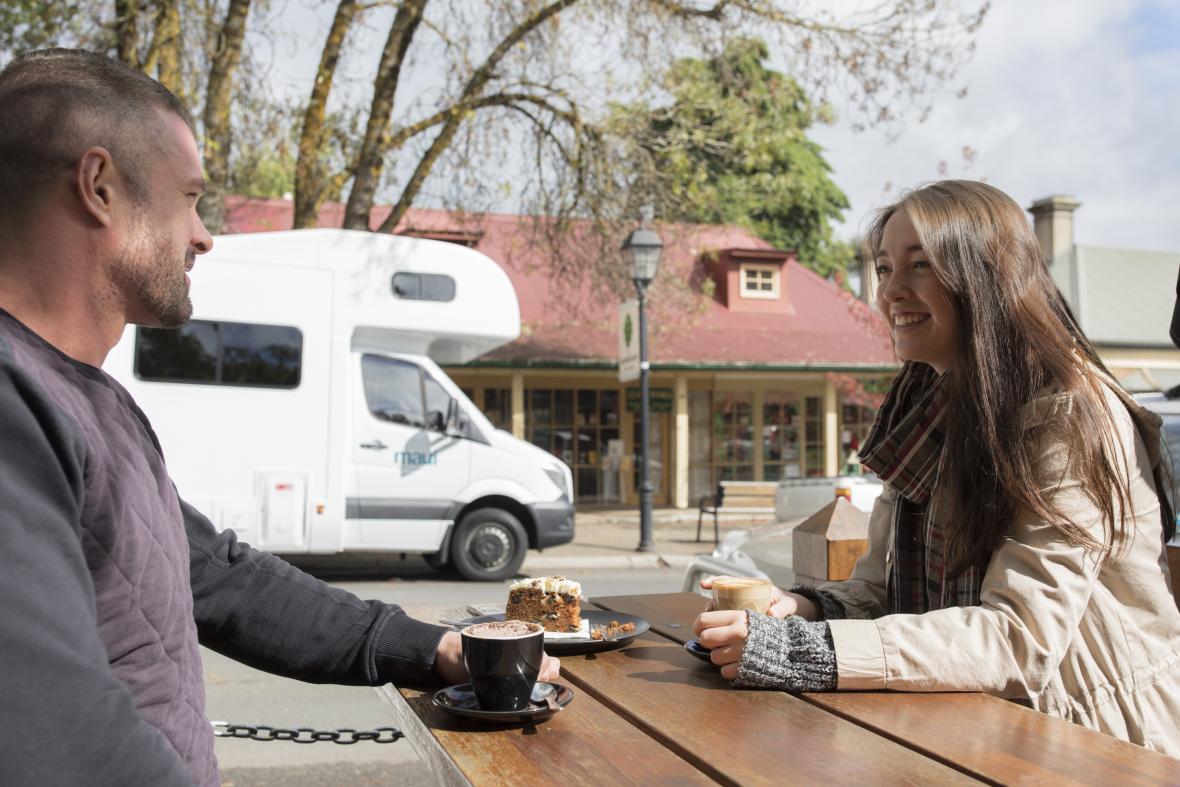 4 Berth Motorhome Hire - Beach | maui Motorhomes & Campervans Australia