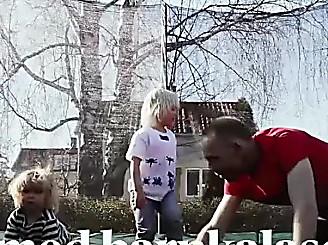 """""""Till och med barnkalasen minutplaneras"""" - DN.SE"""