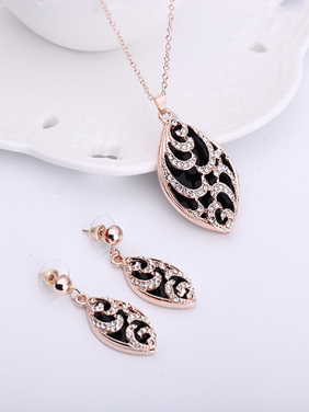 Alloy Rose Gold Plated Fashion Rhinestones Water Drop shaped Two Pieces Jewelry Set