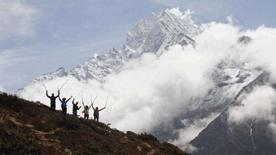 Thamserku views with Trekkers