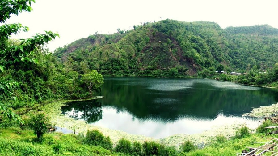 Boga Lake , Bandarban