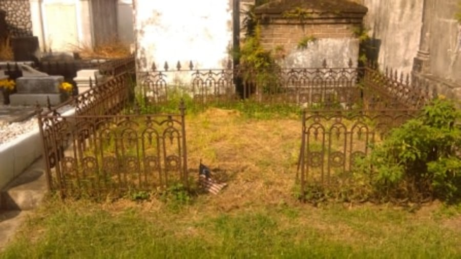 Cast Iron Fence Surrounding Below Ground Graves, Lafayette Cemetery #1