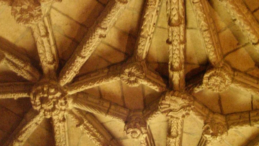 Detais of the Mosteiro dos Jerónimos churche's interior