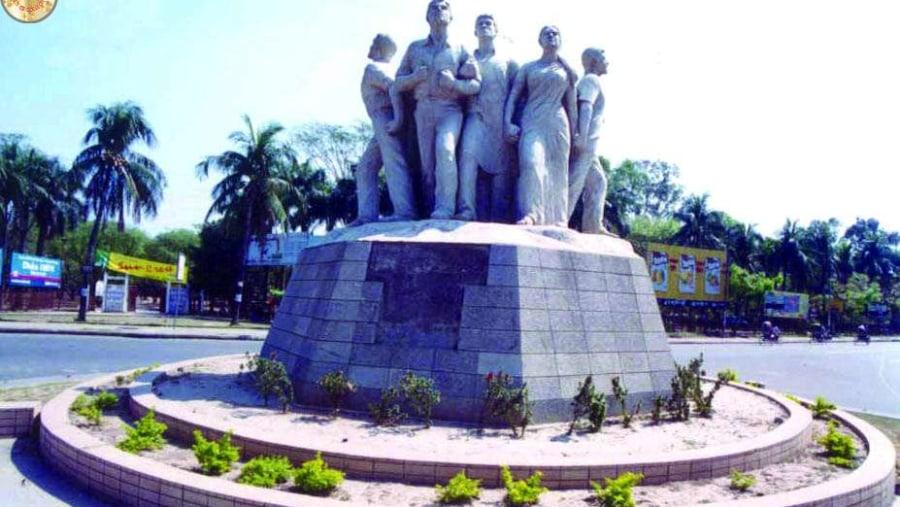 Dhaka Univercity Memorial