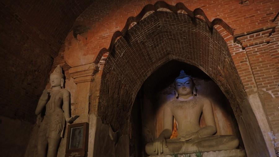 seated Budhha Image