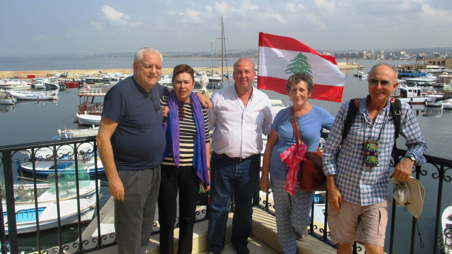 Portuguese and Spanish tourists in the harbour of Tyre (2018-10)