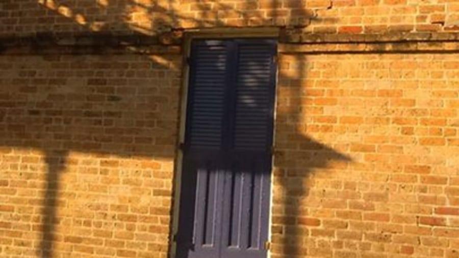Balcony Shadow