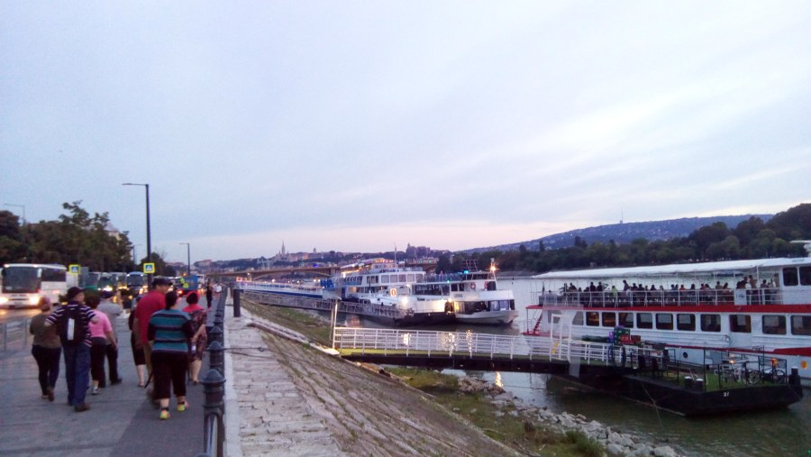 City Tour, searching for the Boat on the Danube