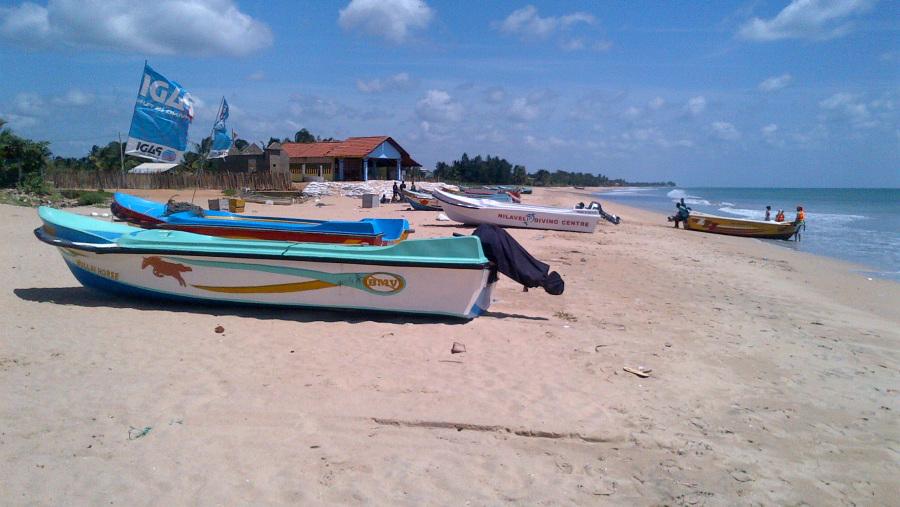Nelaveli Beach