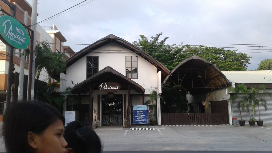 Maritoni entrance