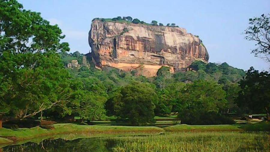 Sigiriyq lion rock