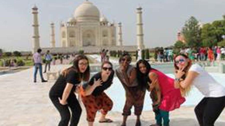 Raj Tour & Travel