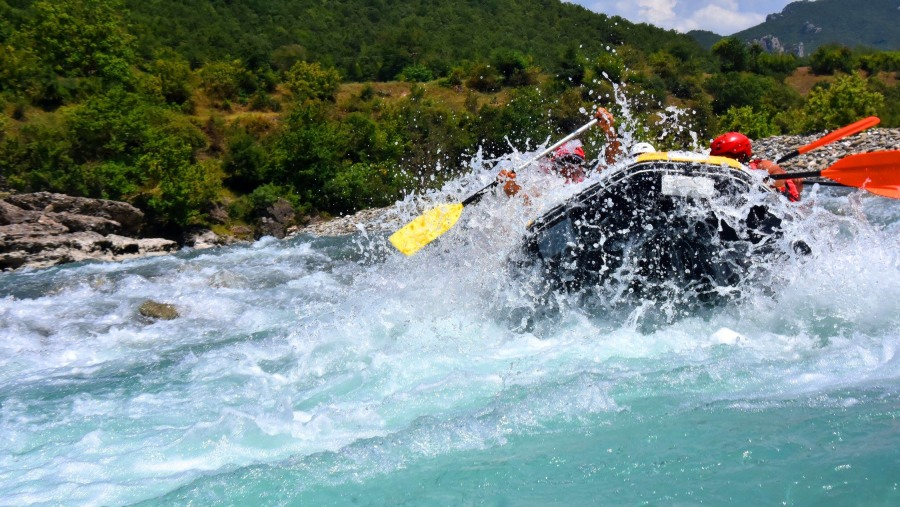 This Albania Tour in Vjosa river is a fantastic experience full of emotion