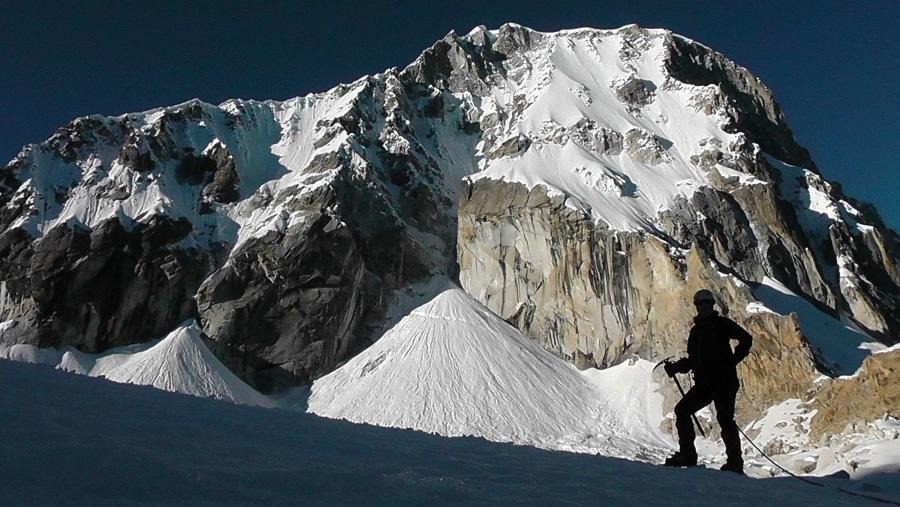 PERUVIAN MOUNTAIN SUMMIT