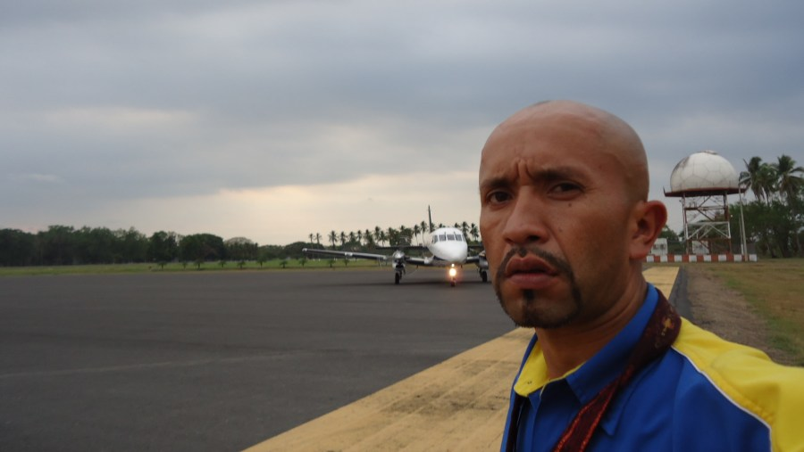 waiting for plane transfer from Tikal