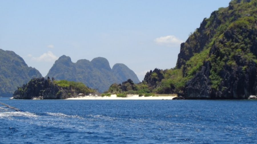 elnido island hopping