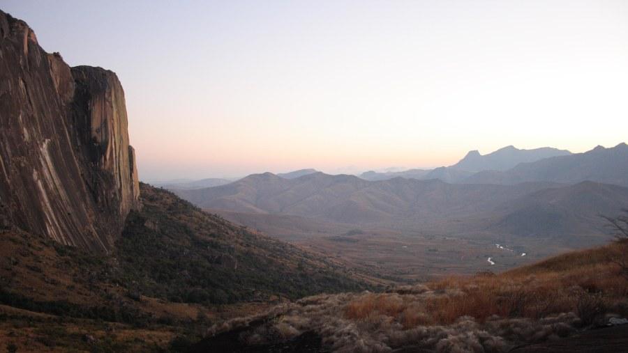 Tsanoro valley