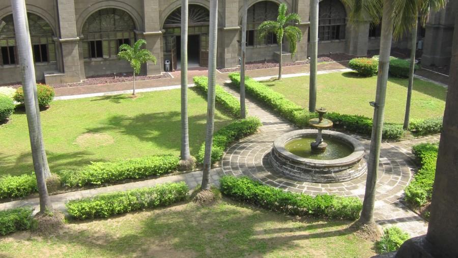 San Agustin Interior Plaza