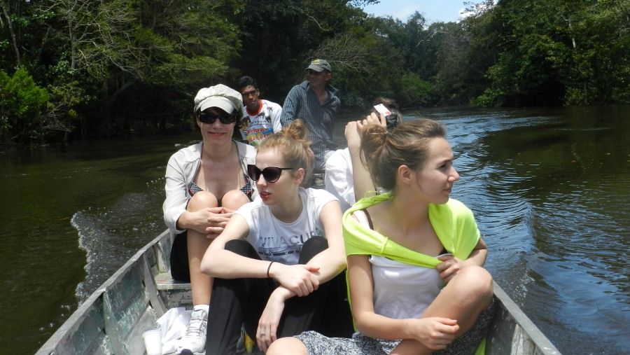 Most amazing experience with my wive and 3 daughters aged 17, 15 and 13 years old with Carlos in the amazone