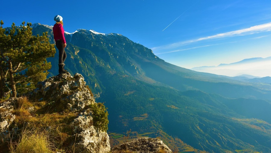 Hiking Tomorr mountain