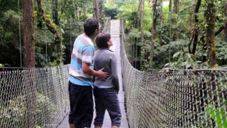 Arenal combo (bridges; volcano and waterfall ; lake )
