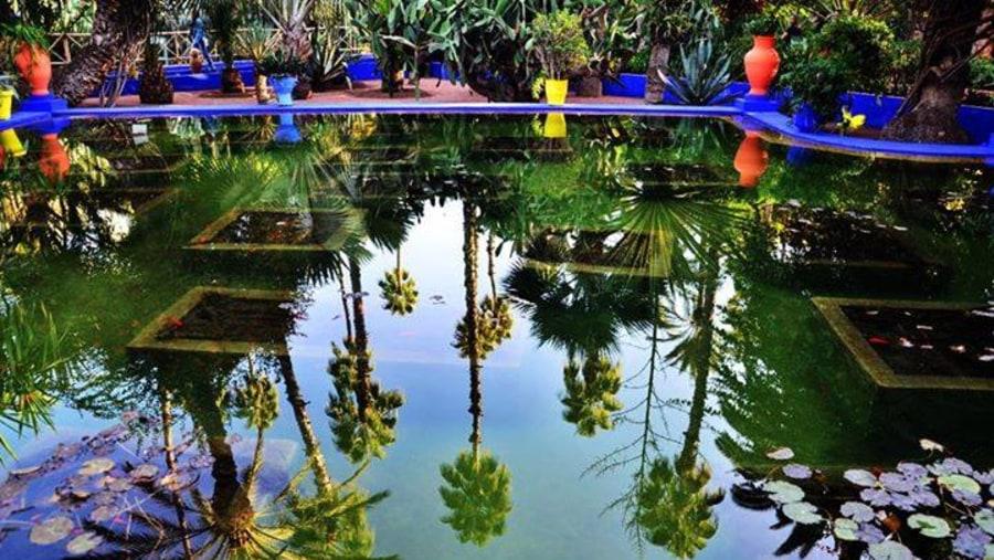 visit famous gardens